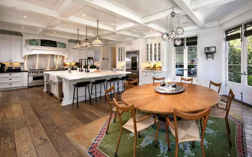 Kitchen of celebrity Rob Lowe