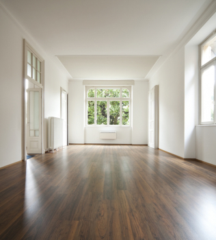 Which Direction to Run Your Wood Flooring