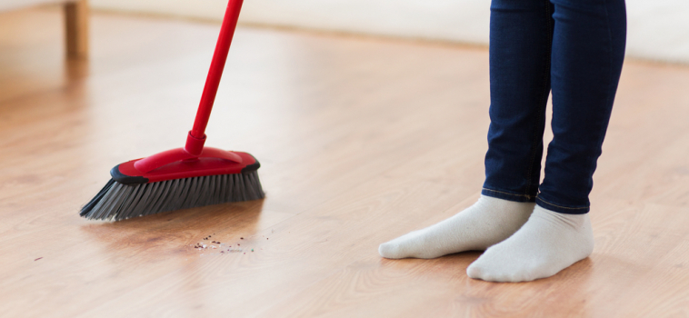 Tips for Proper Hardwood, Laminate and Tile Floor Sweeping
