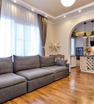 Hardwood Flooring Design Tips